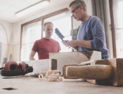 Schreinerei statt Schreibtisch: Bei Tagewerk wird jeder zum Möbeldesigner